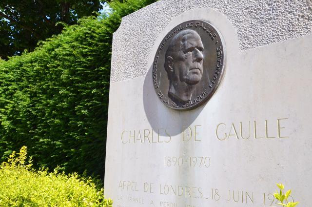 Stèle commémorative du Général de Gaulle