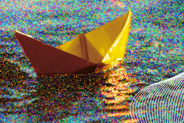 Un bateau en papier comme visuel