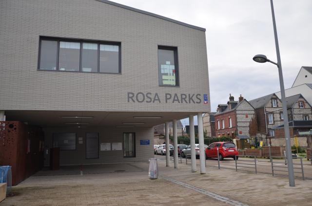 Façade centre de loisirs Rosa Parks à Rouen