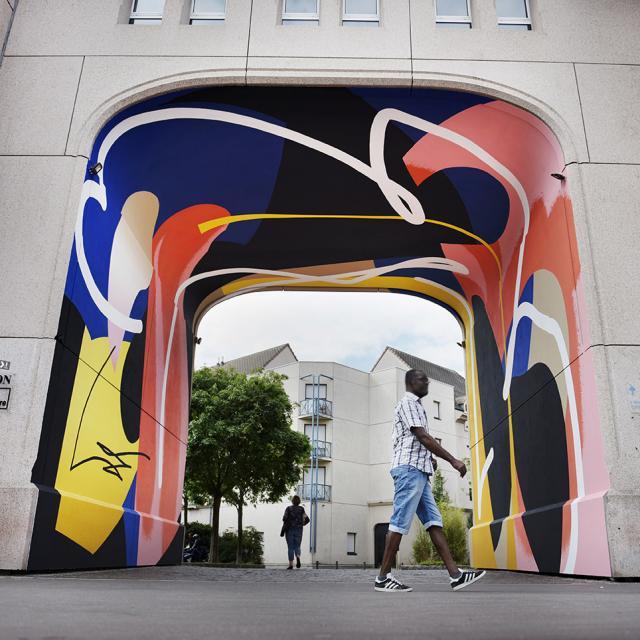 Oeuvre de Claude Blo Ricci sous l'arche Ssaint-Sever