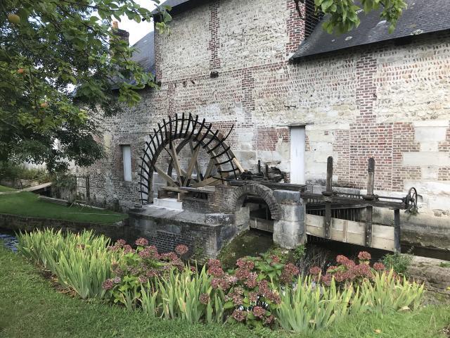 La roue du moulin Saint-Gilles
