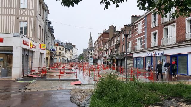 Rue Saint-Sever en travaux